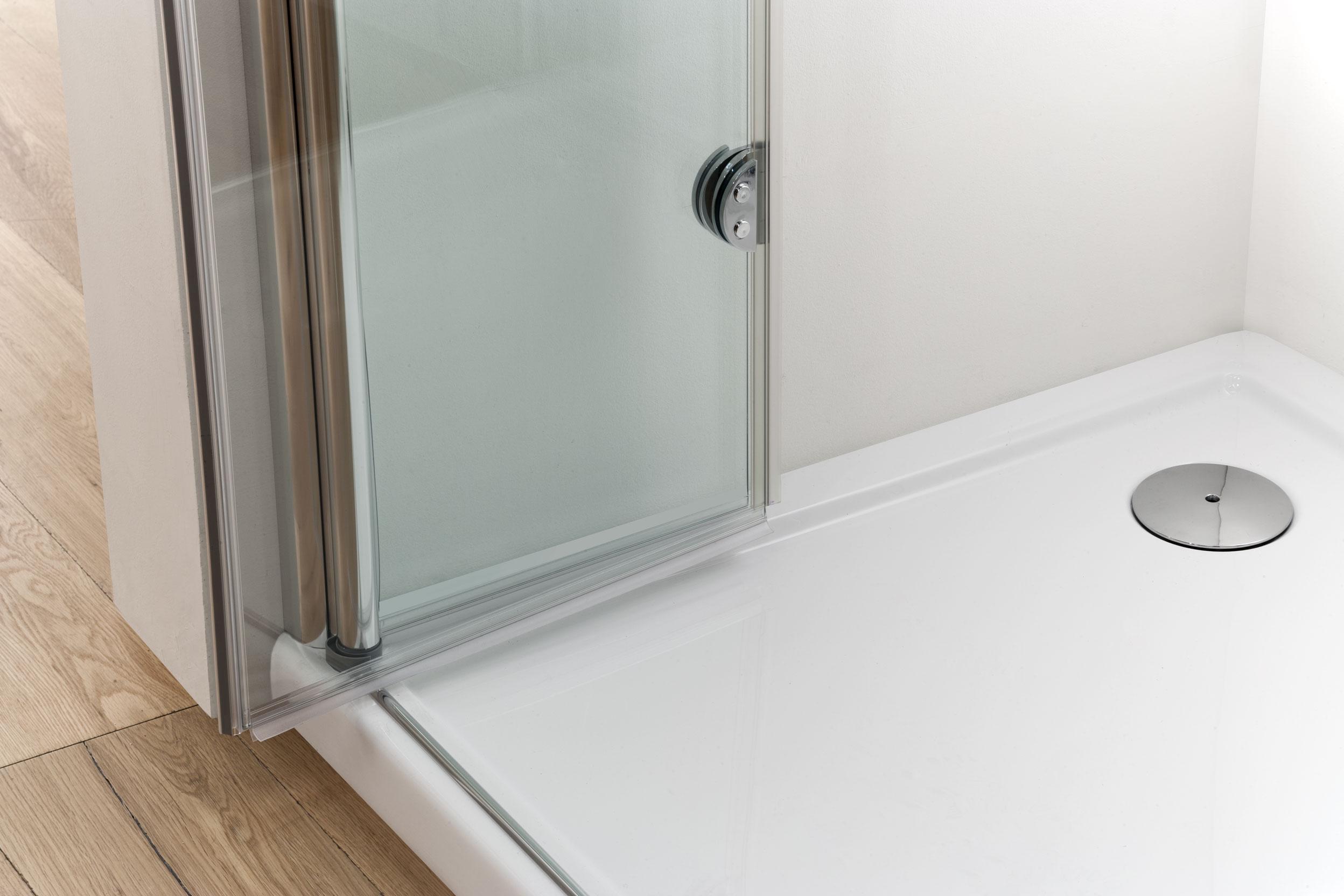 Vega box doccia angolare con porte soffietto con cerniera finitura