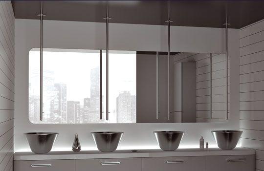 Miscelatore per lavabo da parete in metallo cromato da bagno